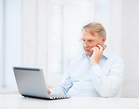 Nurturing Online Learning Environments: Integrating Self-Regulation Strategies