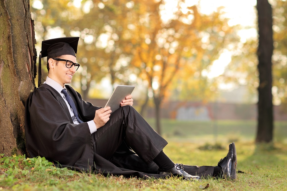 The EvoLLLution | Higher Education Maintains High Earnings Promise for Graduates